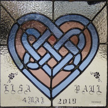 Stained glass workshop class paris versailles france wedding gift heart celtic