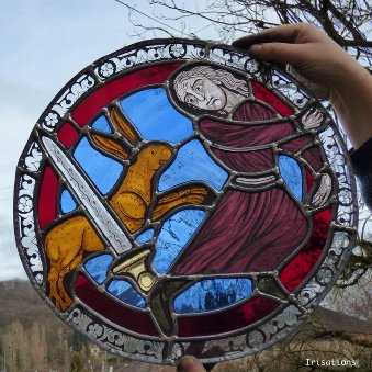 Stained Glass painting class paris france. Medieval medallion.